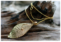 Novica-Leaf-Necklace