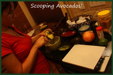 Mexico-Avocados-Scooping-Re