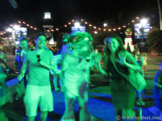 dancing-at-seaworld-with-th