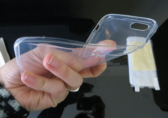basic-clear-case-for-iphone