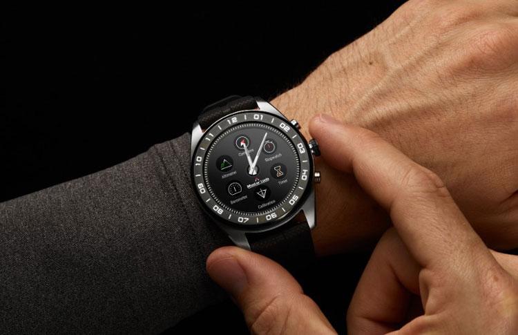 Gift Giving Idea: Wear OS by Google + LG Watch