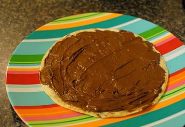 nutella-spread-on-torilla