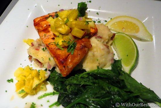 salmon-mango-and-spinach-di